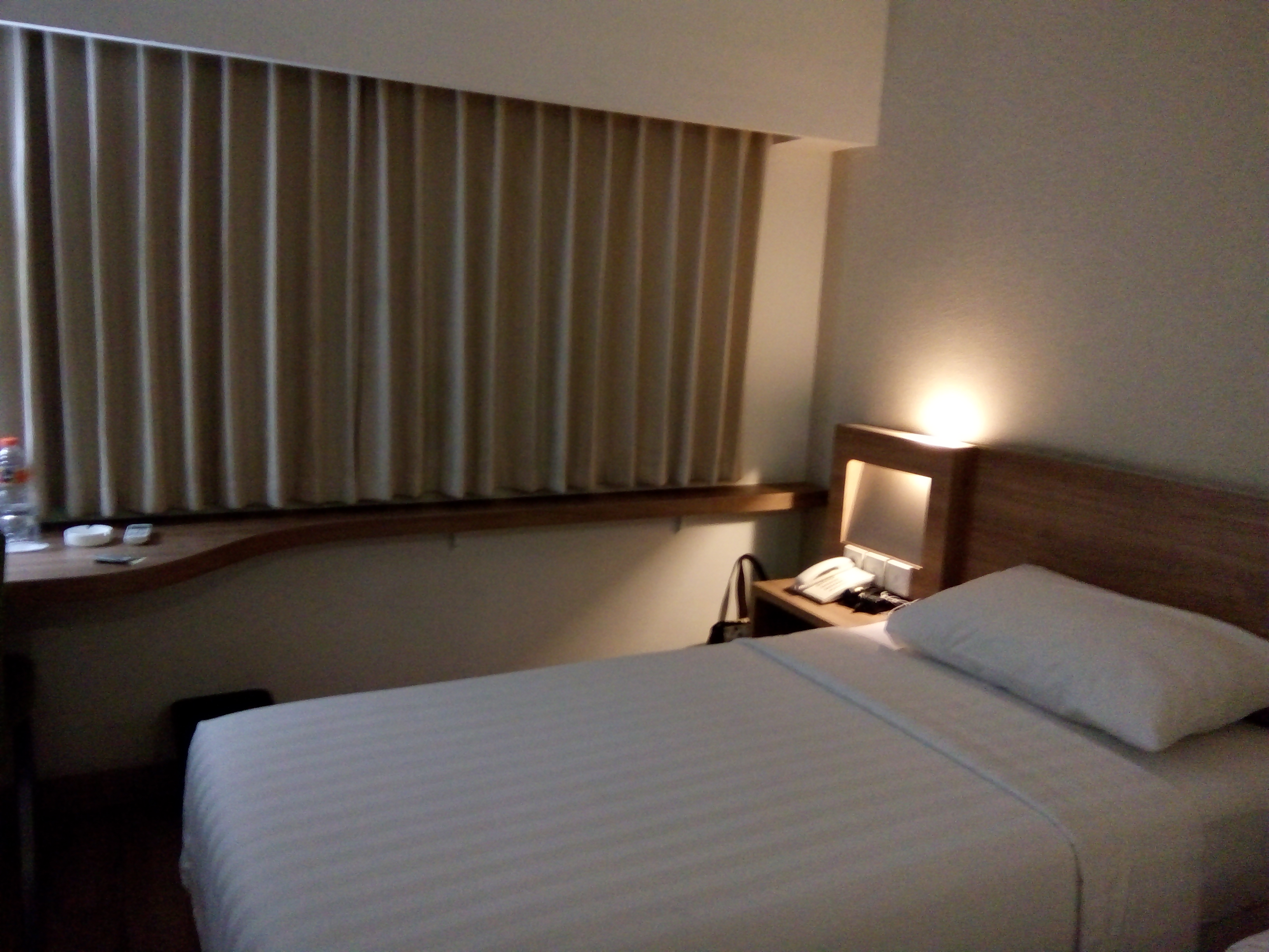 Whiz Hotel Cikini, Easy Access to Business Centers