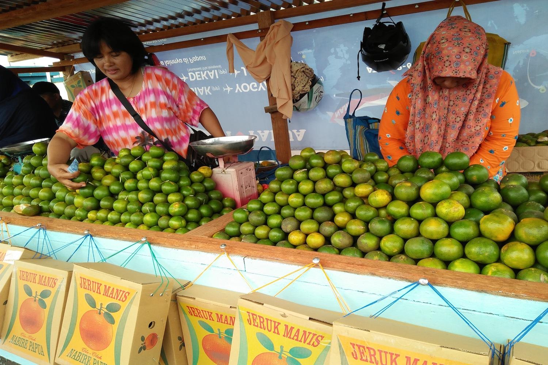 Nabire : Dulu Kota Singkong, Sekarang Jeruk Manis Plus Emas
