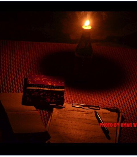 Kisah Lampu Pelita Tua di Bukit Kecil
